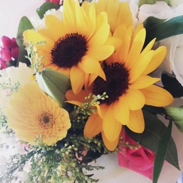 退社祝いで頂いた花束を見て毎朝思う事。自分の芯を強く持ち続ける事。